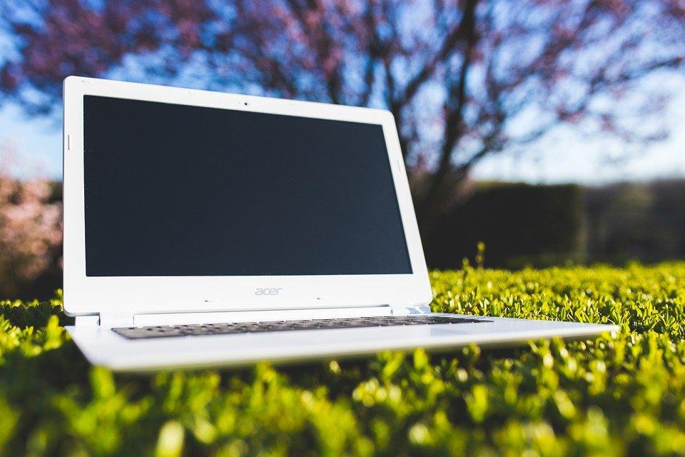 笔记本电脑, 草, 宏碁, 数字, 数码笔记本, 无线, 技术, 晚间, 计算机, 屏幕, 自然, 笔记本