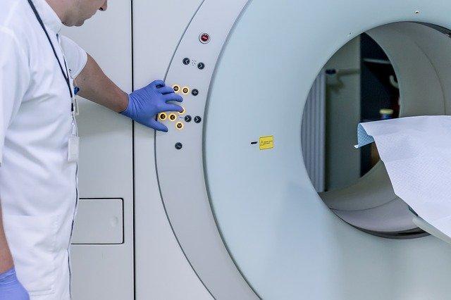 怀疑脑干瘤需要做磁共振检查