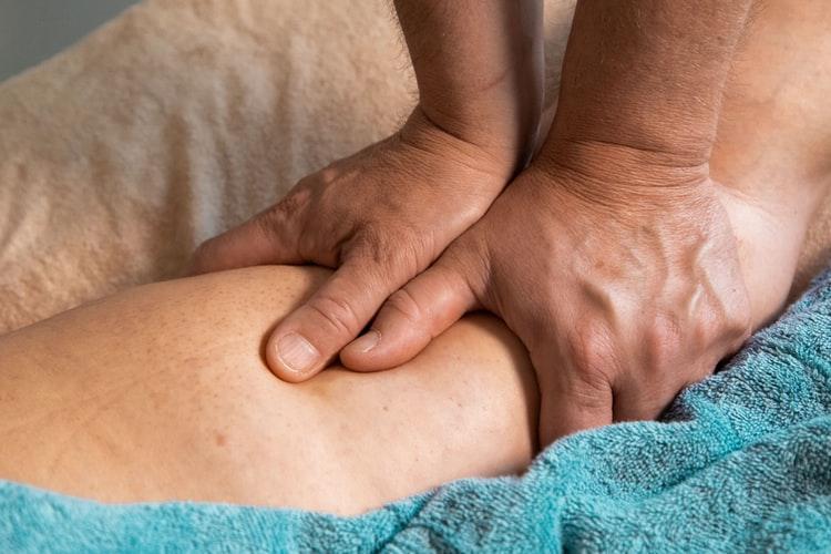 小腿抽筋是怎么回事?腿抽筋时,可以采取什么方法缓解?