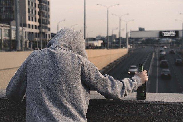 为什么喝完酒更难入睡呢?